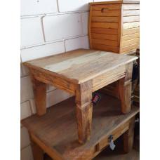 Mesa de Centro Rústica 0,60 x 0,60 em Madeira de Demolição (Peroba Rosa) - 10044