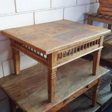"""Mesa de Centro Rústica """"Palito"""" 0,80 x 0,60 em Madeira de Demolição - 10057"""