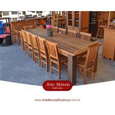 Conjunto de Mesa com Cadeiras em Peroba Rosa - 44080