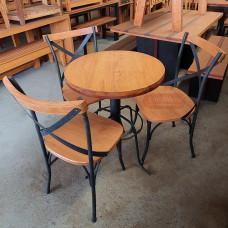 Lindo e Imperdível  Conjunto Mesa 0,65 Ø com 03 Cadeiras Feito Artesanalmente e especialmente para Você! - 10139