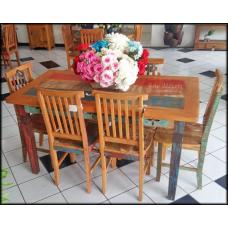 Conjunto Mesa 1,50 x 0,80 com 6 Cadeiras Mineiras com Tinta - 44240